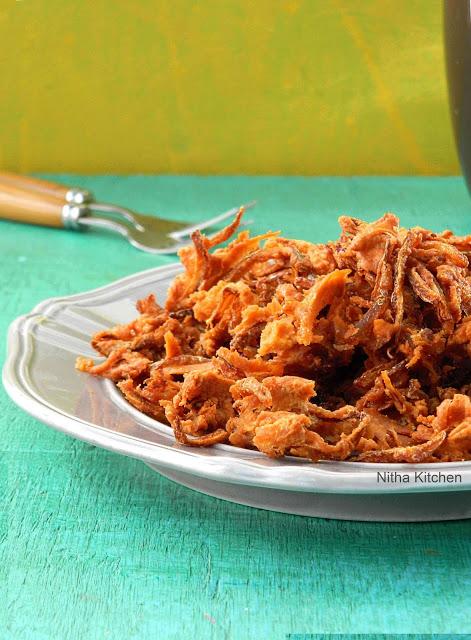 Vengaya Pakoda Onion Pakora Recipe