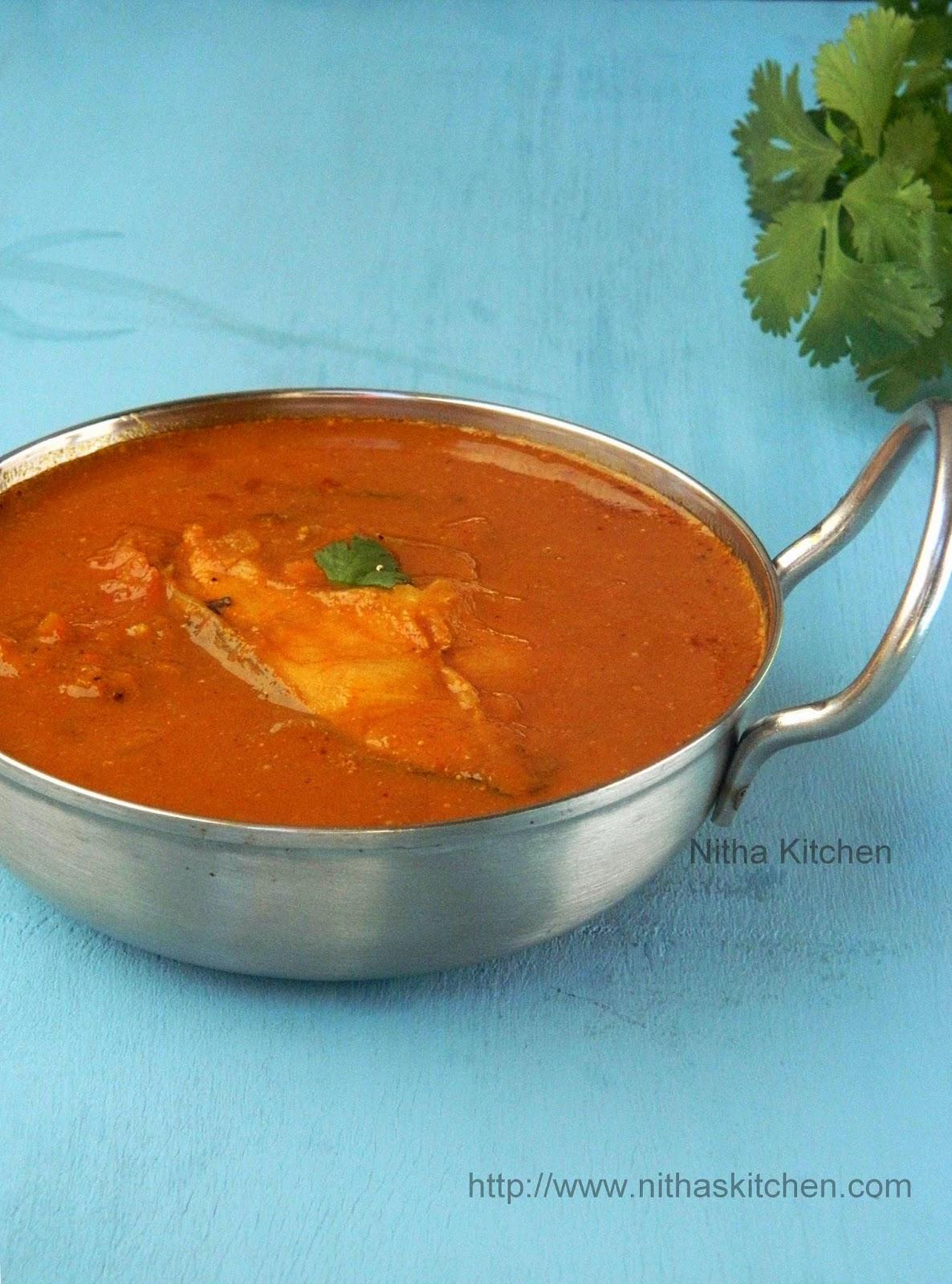 Chettinadu Fish Kuzhambu | Varuthu Araicha Meen Kulambu - Nitha Kitchen