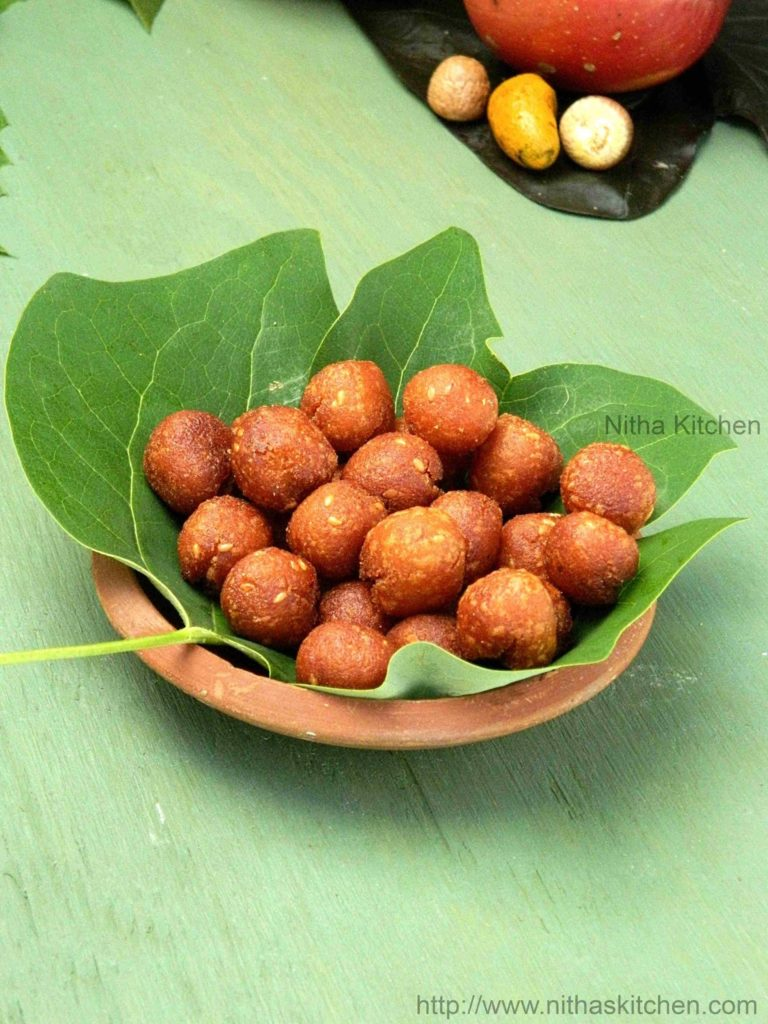 Inippu Seedai Vella Seedai Recipe
