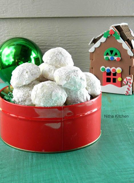 Snow ball cookies3 L