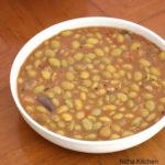 Pachai Mochai Payaru Pulikuzhambu | Mochai Kottai Pongal Puli Kulambu Recipe
