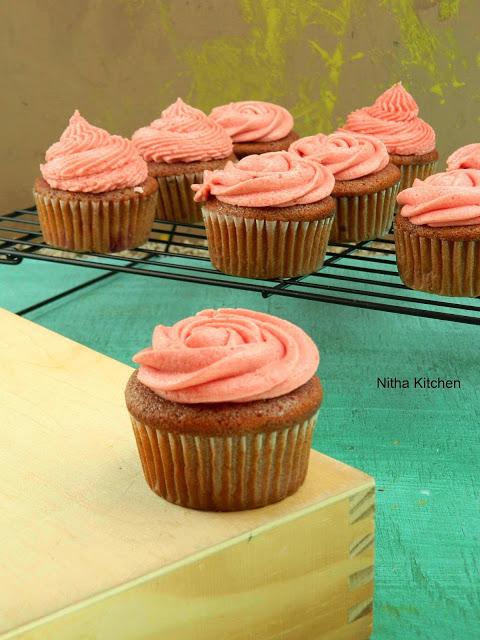 Strawberry Cupcake0 L