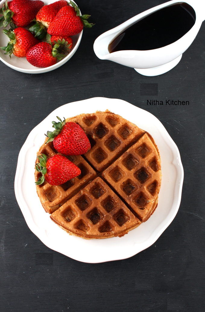 Eggless Apple Cinnamon Waffles
