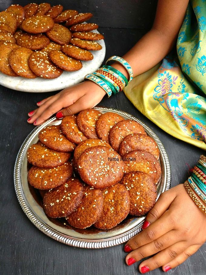 karupatti adhirasam video recipe