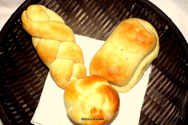 Eggless Potato Stuffed Dinner Rolls | Spicy Soft Khara Buns Recipe