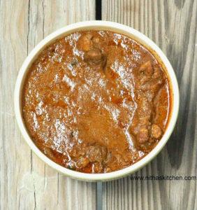 Kolhapuri Chicken Curry   Spicy Chicken Gravy