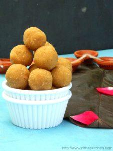 Aval Verkadalai Jaggery Laddu | Poha Peanut Ladoo Without Ghee | Krishna Jayanthi Special