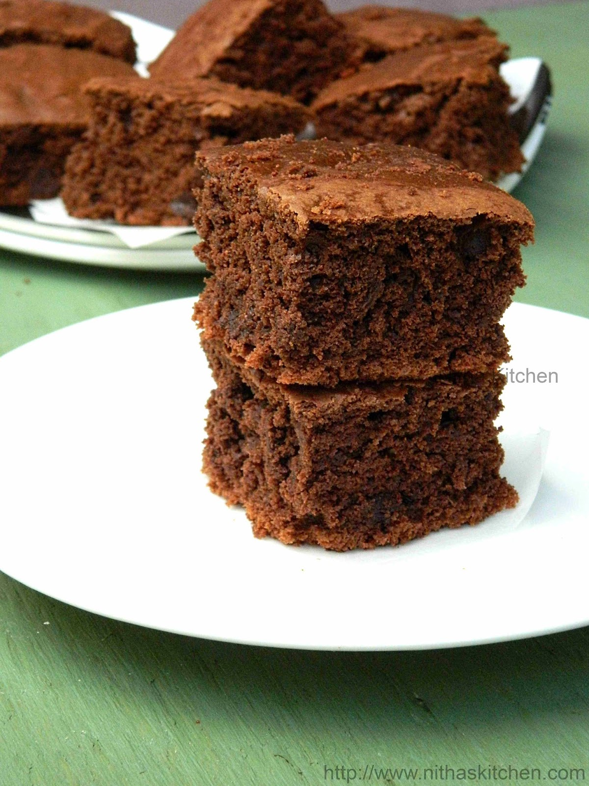 Eggless Moist Chocolate Brownies | Classic Chocolate Chip Brownies Recipe