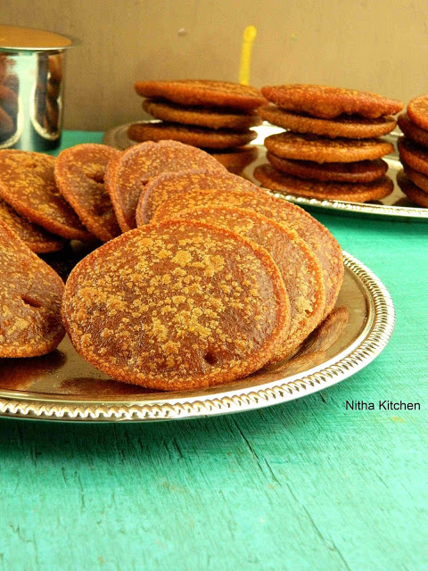 AUTHENTIC ADHIRASAM USING BROWN SUGAR | SOFT ATHIRASAM RECIPE WITH VIDEO!