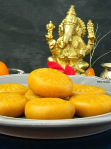Mango Peda Recipe | Aam Pedha Recipe