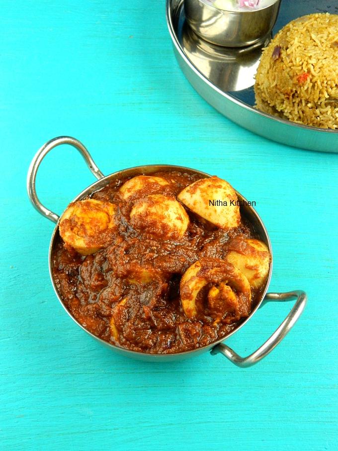Spicy Egg Curry Muttai Thokku Recipe
