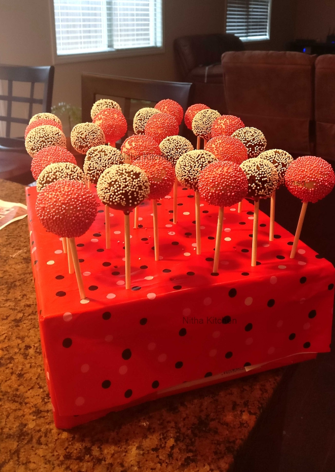 how to make perfect cake pops with diy cake pop holder