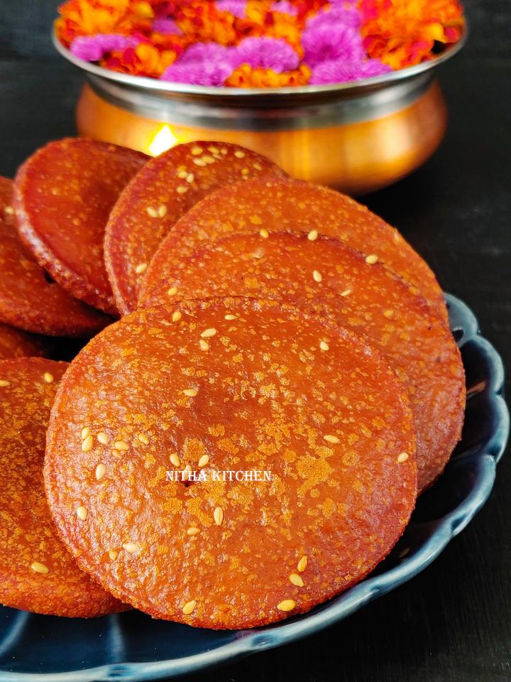 Thinai Adhirasam Using Nattu Sarkarai Video Recipe