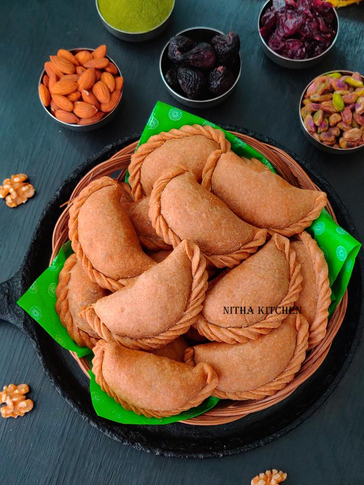 Baked Wheat Gujiya Mawa Gujiya Recipe Gujiya Recipe Gujiya Video Recipe Mawa Gujiya filling how to make instant mawa for gujiya wheat gujiya nitha kitchen recipes